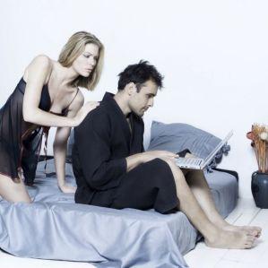 controlar-los-celos-en-las-redes-sociales-2